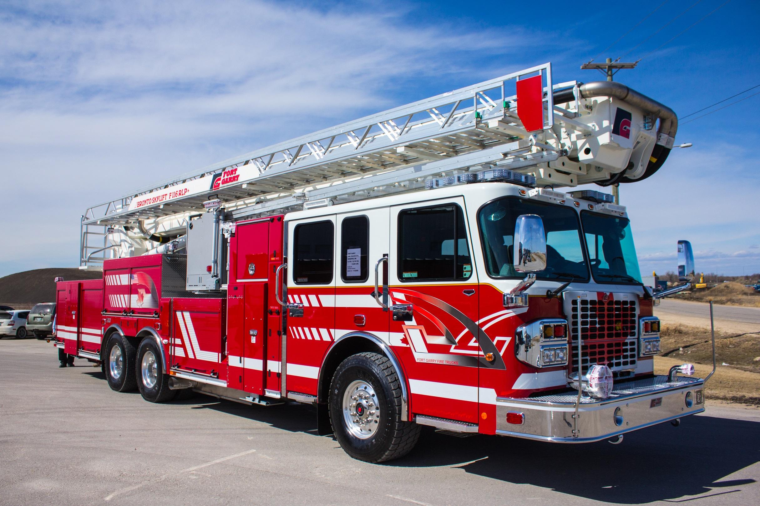 Bronto Skylift 116 Rlp Fort Garry Fire Trucks Fire